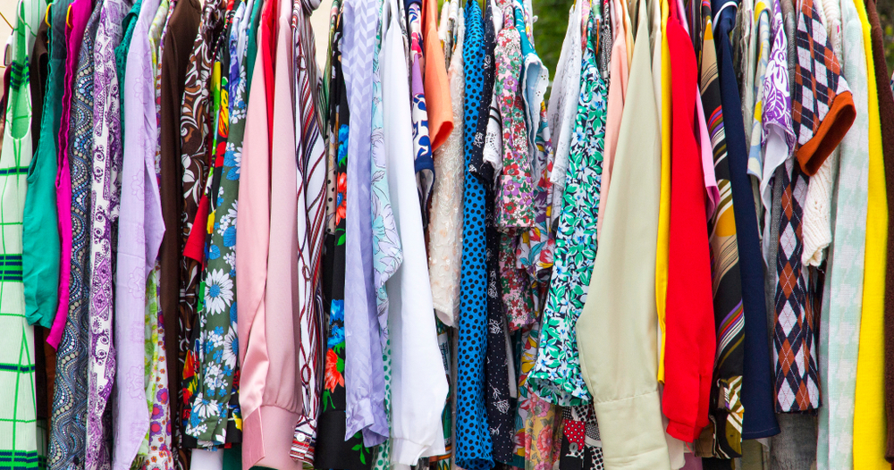 Vintage clothing markets